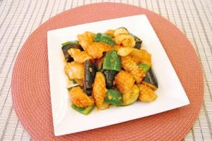 イカと夏野菜のチリソース炒め