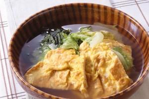 レタスと卵焼きのスープ煮